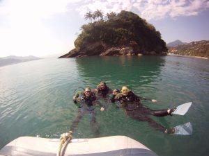mergulho-em-ilhabela-ilhadivers03