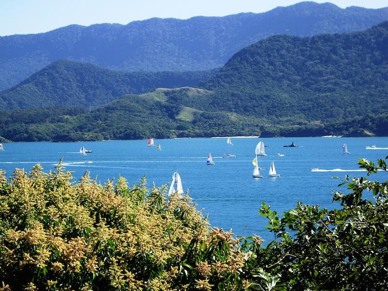 Competição de barco a vela em Ilhabela (Imagem: Flickr/Pedro EA)