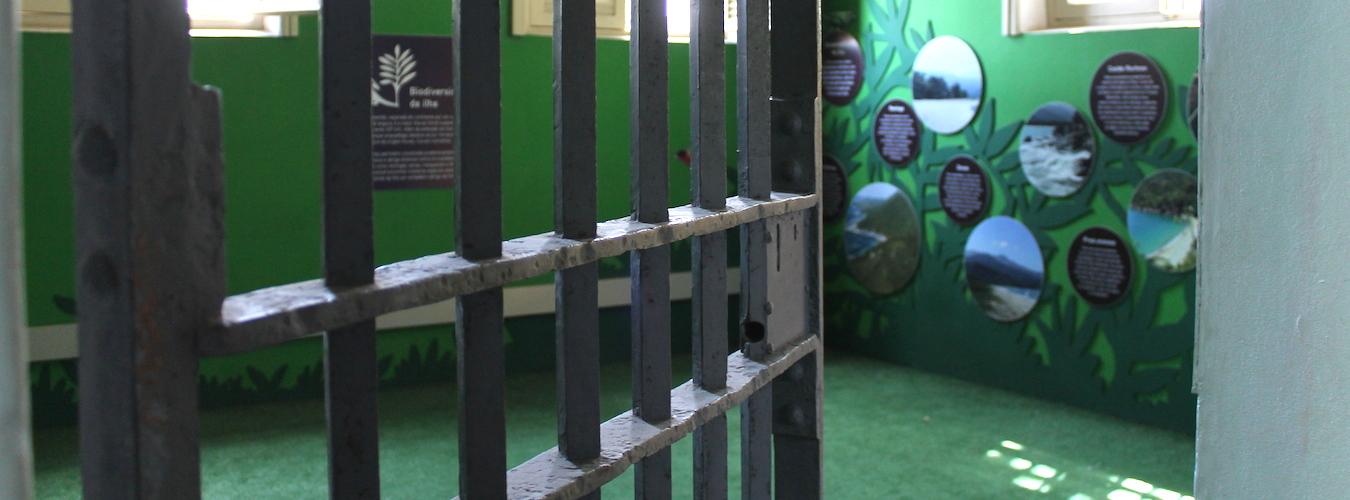 Grade da antiga cadeia de Ilhabela (Imagem: Arquivo Pessoal/Alessandra Stefani)