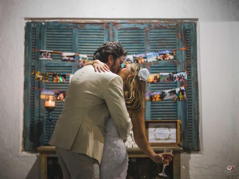Noivos celebrando (Imagem: Divulgação/Studio Job)