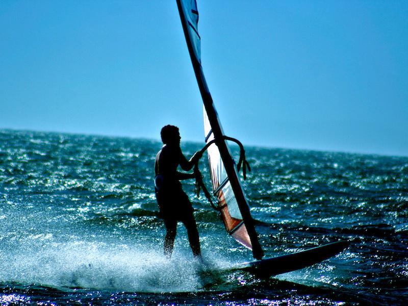 Windsurfe (Imagem: Daniel Cukier/Flickr)