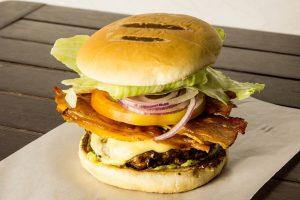 bacon-salada-hamzburger-artesanal-ilhabela