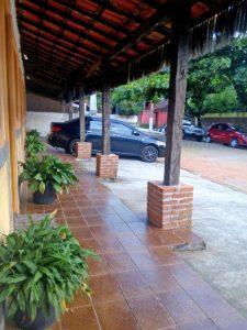 patricios-chales-ilhabela-estacionamento
