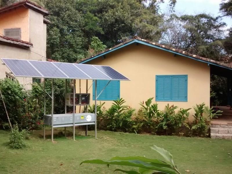 Um dos 180 sistemas de painéis solares no Bonete (Imagem: Divulgação/Elektro)