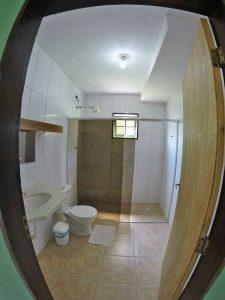 casa-entre-praia-grande-e-curral-banheiro-todo