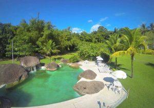 jardim-piscina-ilha-da-aventura-eco-park-ilhabela