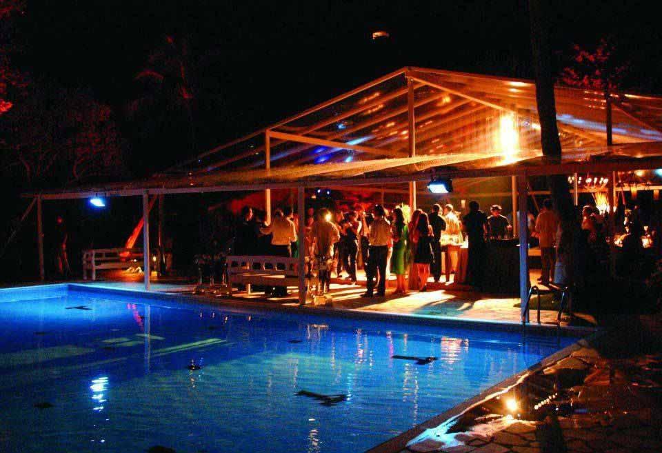 Evento na piscina - Caravela Pousada em Ilhabela