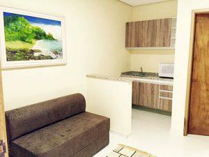sofa-cama-cozinha-yannai-chale-praia-ilhabela