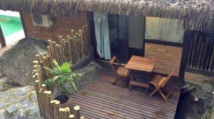varanda-interna-yannai-chale-praia-ilhabela