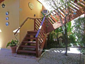 pousada-vila-sao-pedro-ilhabela-escada