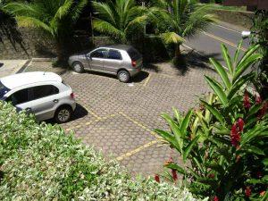 pousada-vila-sao-pedro-ilhabela-estacionamento