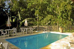 pousada-vila-sao-pedro-ilhabela-piscina-2