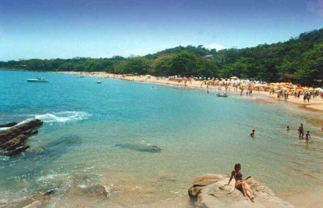 Praia do Curral - Chalés Corais da Ilha em Ilhabela