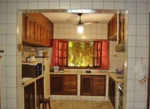 cozinha-casa-praia-pequea-ilhabela