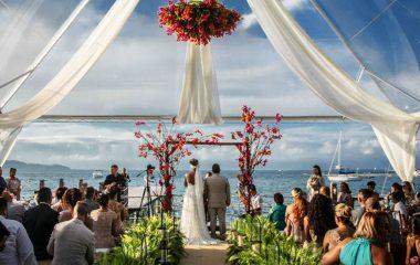Juliana e Rogério: casamento em Ilhabela com glamour