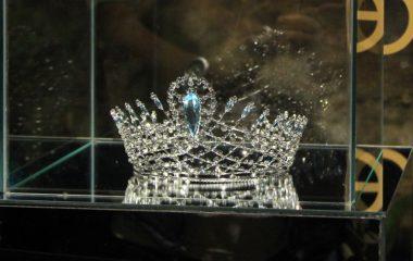 Miss Piauí Monalysa Alcântara é eleita Miss Brasil 2017 em Ilhabela