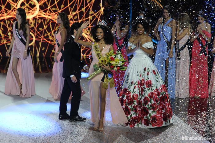 Monalysa Alcântara, Miss Piauí, é a nova Miss Brasil 2017 em Ilhabela