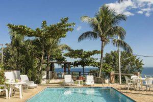 pousada-8-ilhas-ilhabela-piscina-vista-pro-mar