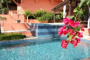 hotel-vista-bella-piscina