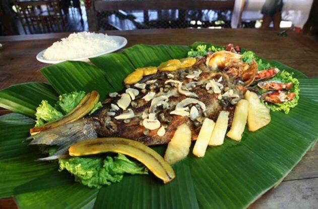 Peixe a caiçara - Restaurante Nova Iorqui - Ilhabela
