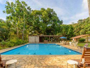 piscina-caravela-pousada-e-villas-ilhabela-4