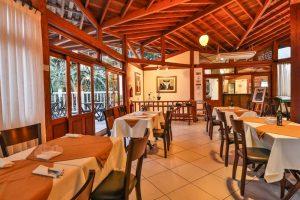 restaurante-gato-negro-hotel-praia-do-portinho-ilhabela-1