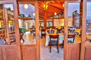 restaurante-gato-negro-hotel-praia-do-portinho-ilhabela-2