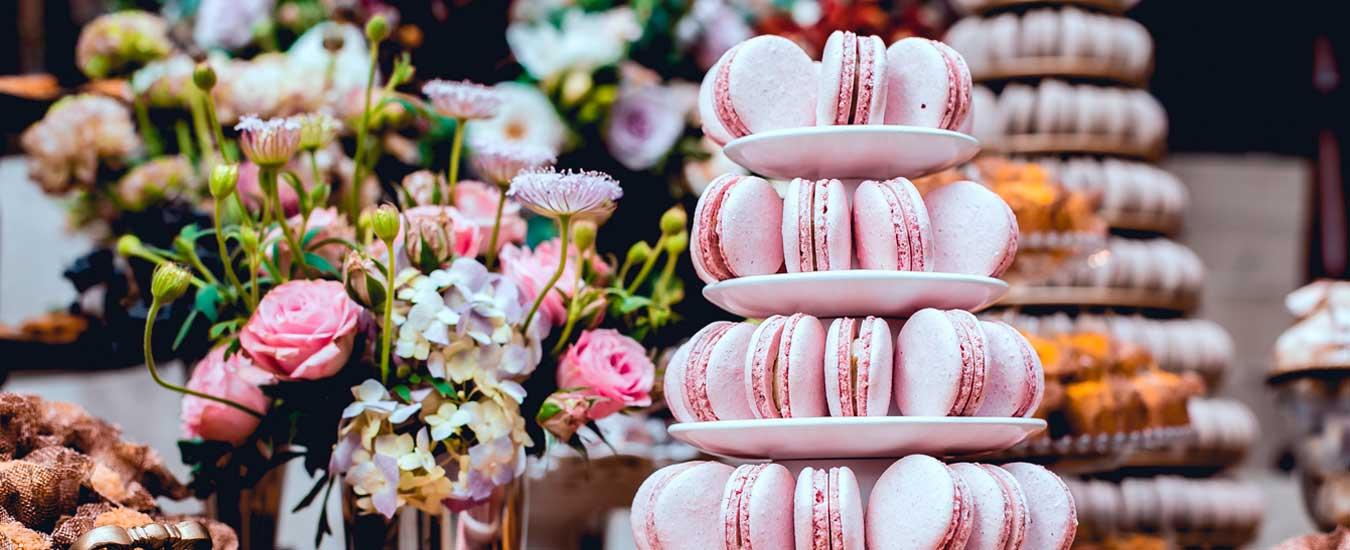 Torre de Macarons - Tendências de casamento que foram destaque no evento Casar 2018 SP