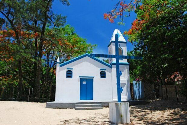 Capela da Praia da Armação - Ilhabela