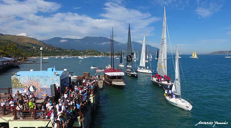 Desfile de Barcos Semana de Vela Oceânica de Ilhabela - Julho em Ilhabela