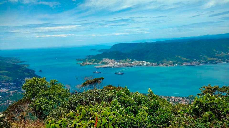 Vista do Pico do Baepi (Imagem: Reprodução Instagram @halllana)