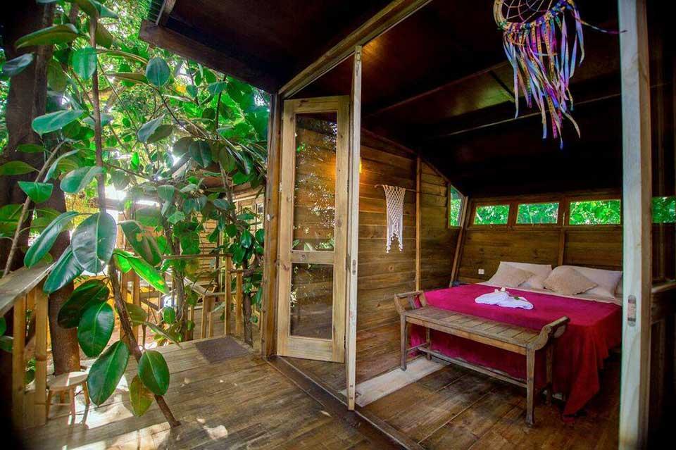 Casa na árvore - Hostel da Vila Ilhabela - Vila Hostels, acomodações criativas