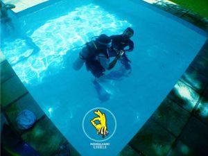 mergulhaso-aula-de-mergulho-em-piscina-ilhabela-3