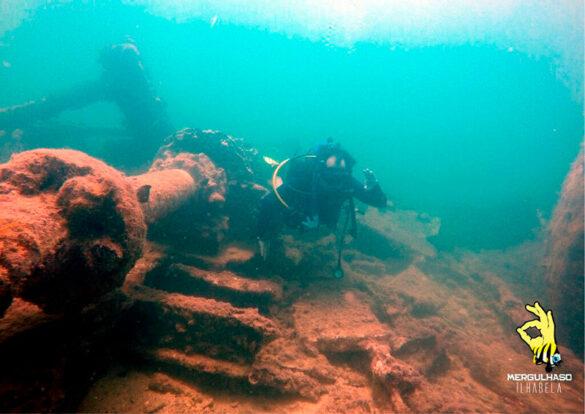 Mergulhar em um naufrágio bem pertinho da costa - Mergulhaso Ilhabela