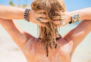 Verão x Cabelo: cuidados na praia e sol