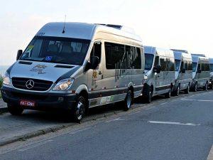 kr-turismo-ilhabela-vans