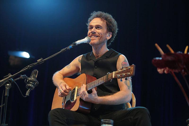 Nando Reis apresenta Voz e Violão em Ilhabela dia 26 de janeiro (Foto: Bruno Trindade)