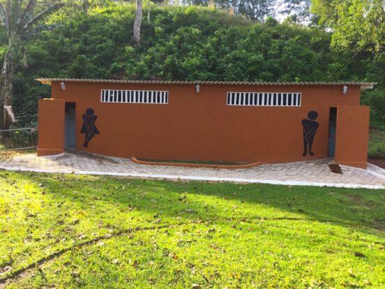 Velinn Camping Ilhabela - Banheiros