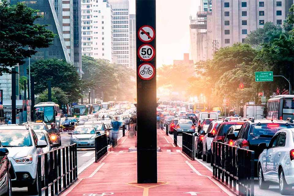 Cidades implantam ciclovias em busca de mobilidade urbana