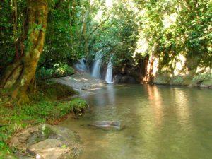 nilton-turismo-passeio-em-ilhabela-cachoeira