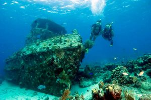 nilton-turismo-passeio-em-ilhabela-mergulho