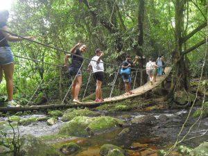 nilton-turismo-passeio-em-ilhabela-trilha-cachoeira