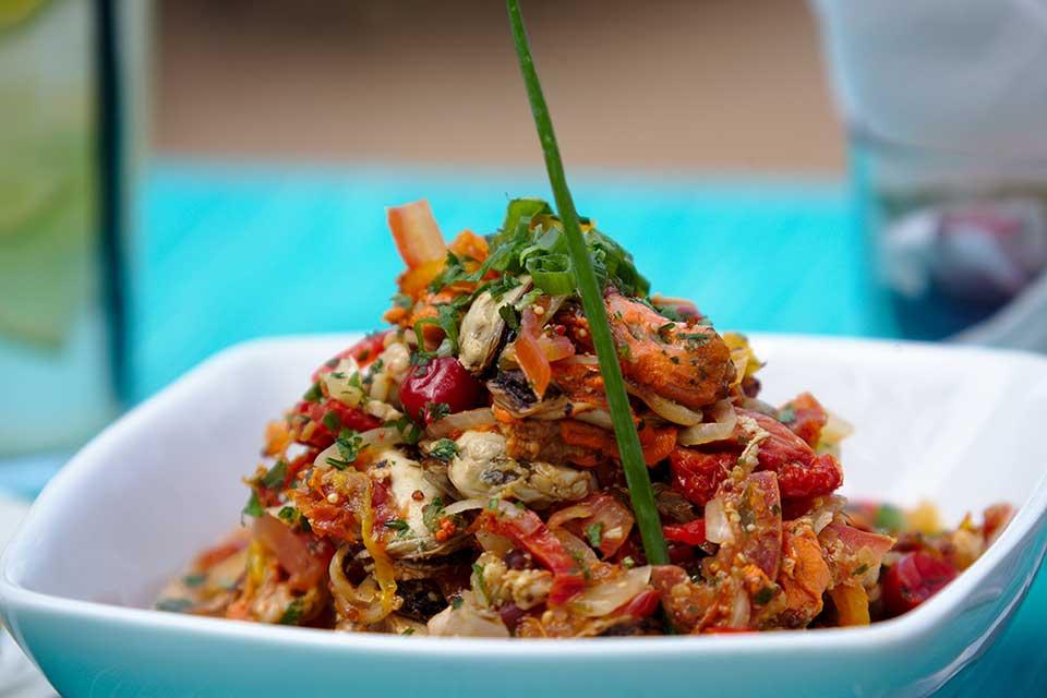 Bistrô - Espaço Tangará - Restaurante, Bar de Praia e Espaço de Eventos em Ilhabela