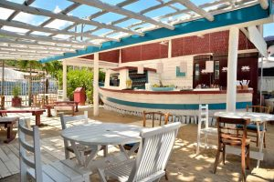 restaurante-marakuthai-ilhabela-chef-renata-vanzetto-bar-03