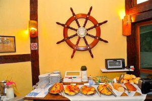 cafe-da-manha-velinn-pousada-dos-marinheiros-ilhabela