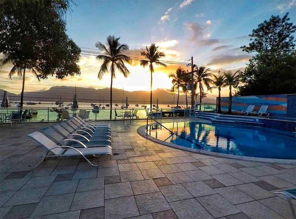 Dia dos Namorados - Hotel Ilhabela - Pôr do Sol no mar
