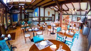 salao-cafe-da-manha-hotel-boutique-ananas-ilhabela