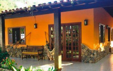 Casa no Perequê – Centro de Ilhabela