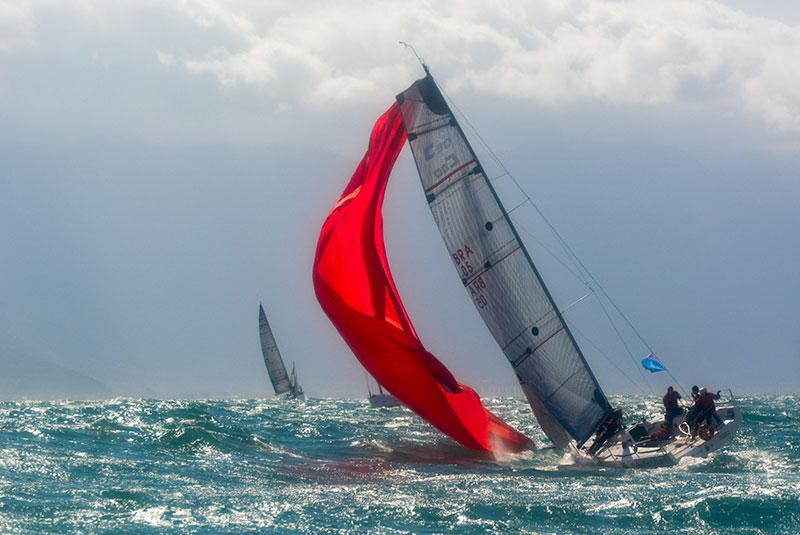 Ventos fortes na Semana de Vela de Ilhabela (foto: Edu Grigaitis)