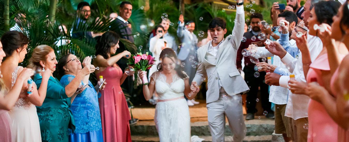 Casamento Bianca e Thiago - Casa de Canoa - Praia do Curral, Ilhabela (foto: Luiza Marques)